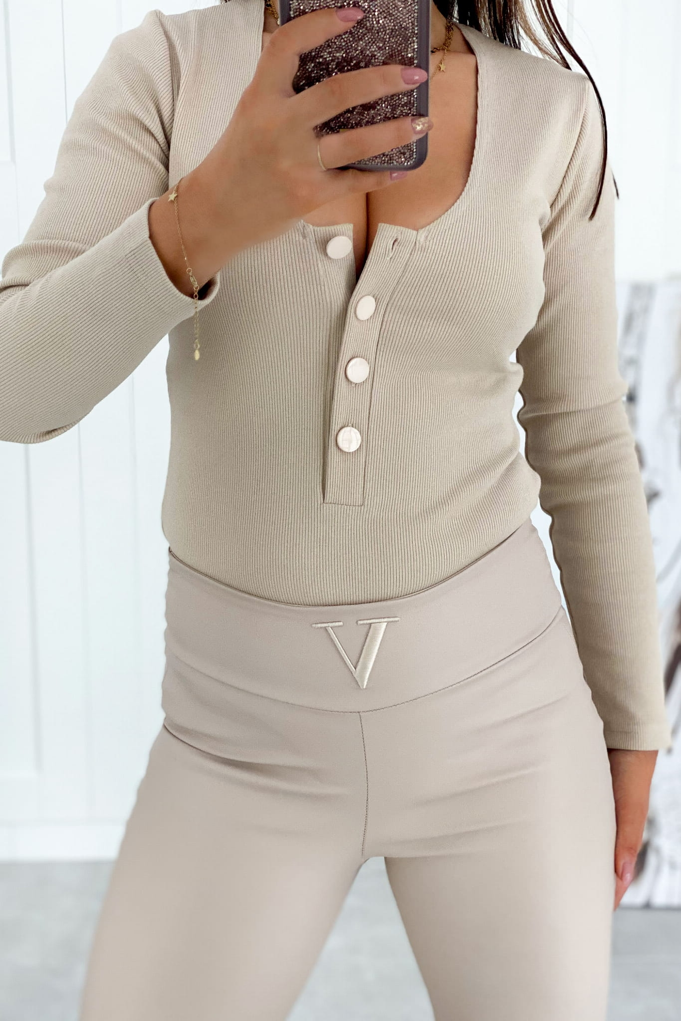 Body Buttons Beige